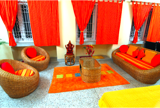 decorating with orange colore in san diego is a plus - San Diego Home Decor