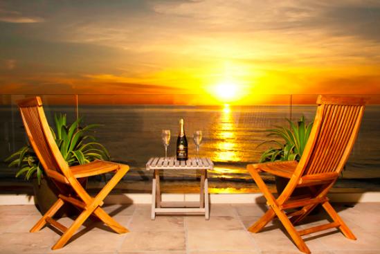 Beachfront La Jolla Home - Sunsets!